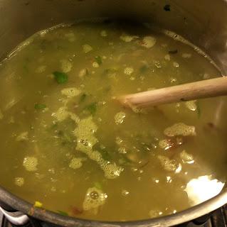 Minestrone di verdura fresca e legumi misti secchi