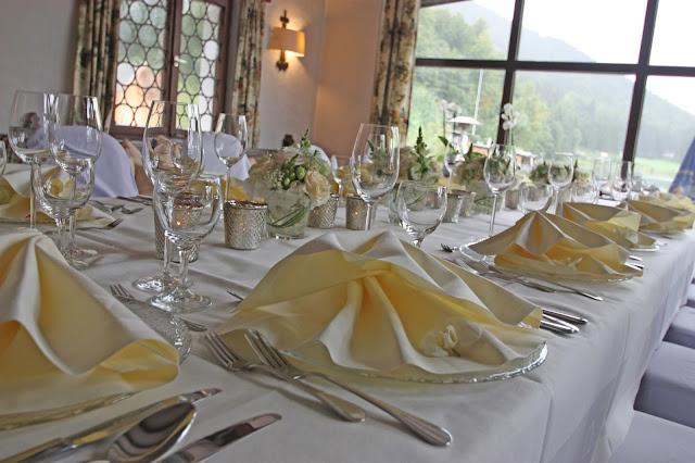 Hochzeitstafel in Natur-Tönen im Jagdstüberl, Seehaus am Riessersee
