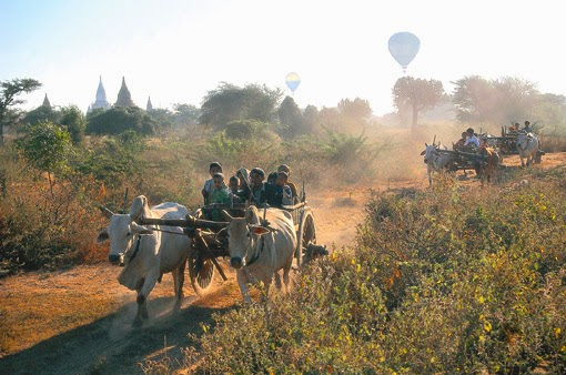 Leaving Bagan