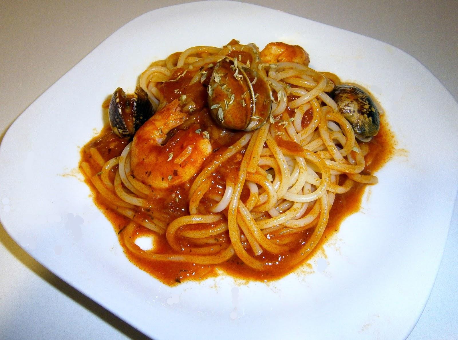 Espaguetis marineros a la marinera - La cocina dela abuela ...