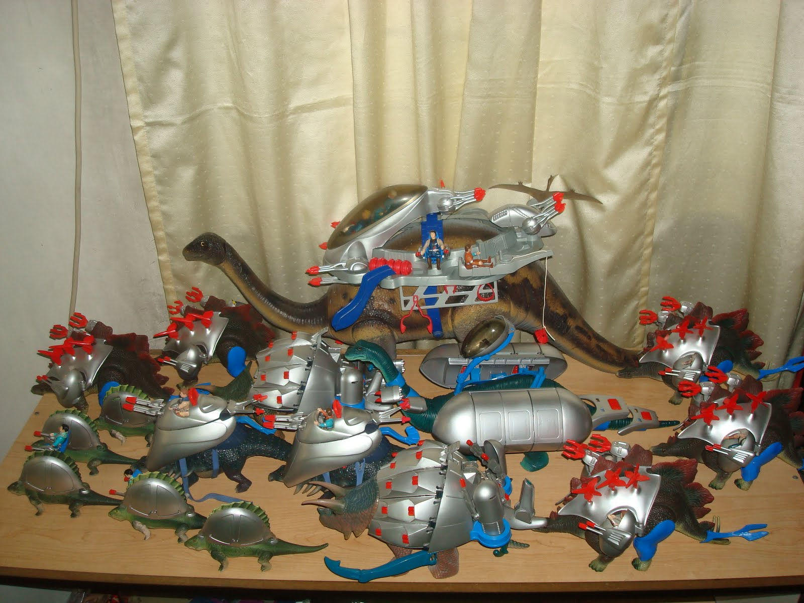 I REMEMBER...: Dino Riders...Harness the Power of the Dinos