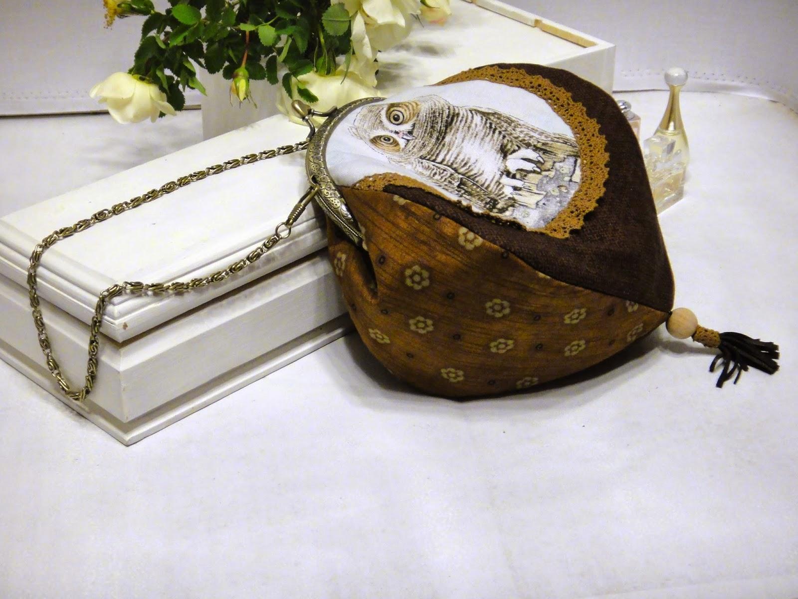 Театральная сумочка для телефона и косметики - подарок на день рождения