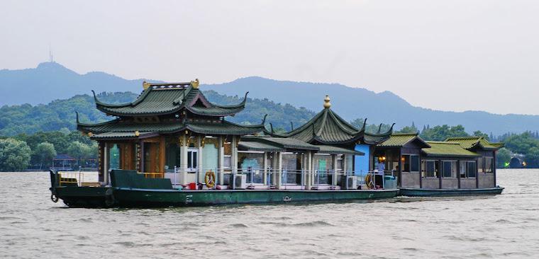 Hangzhou, Zhejiang province (orange)