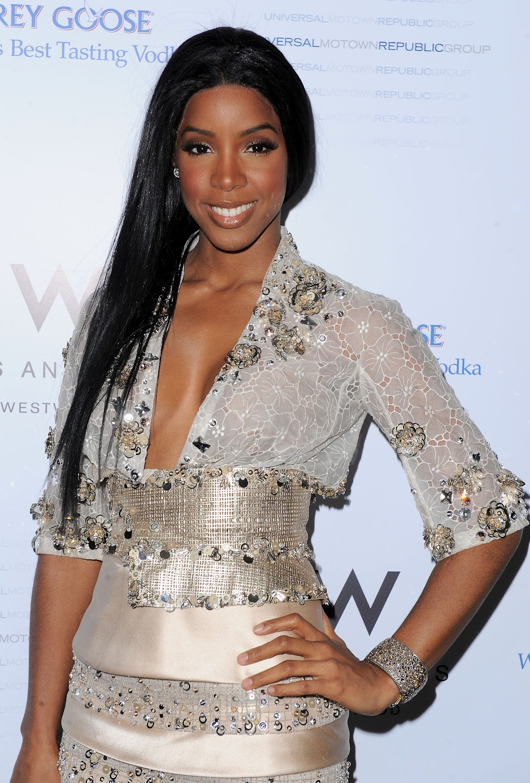 http://2.bp.blogspot.com/-Kfy98oh-Qec/UB2KZfG71uI/AAAAAAAAFQw/SptNm2BzXTQ/s1600/Kelly-Rowland-hairstyle-pictures-singer-actress-celebrity-on%2Band%2Bon-Kelly-Rowlands-wallpapers%2B(3).jpg
