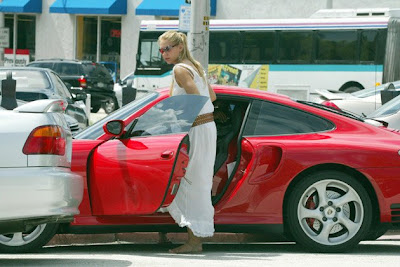 Hollywood Celebrity Car Love Wallpaper