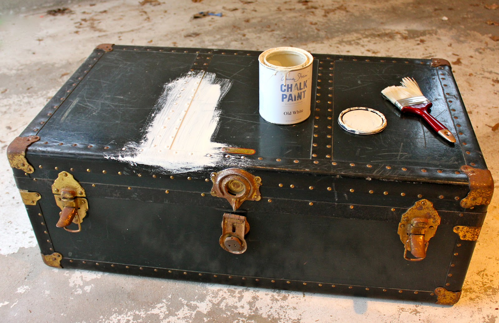 Neglected Steamer Trunk Makeover