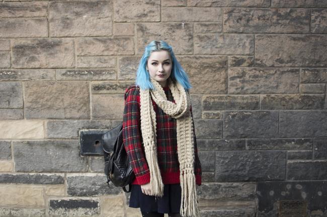 red tartan jumper ootd edinburgh scotland winter lookbook