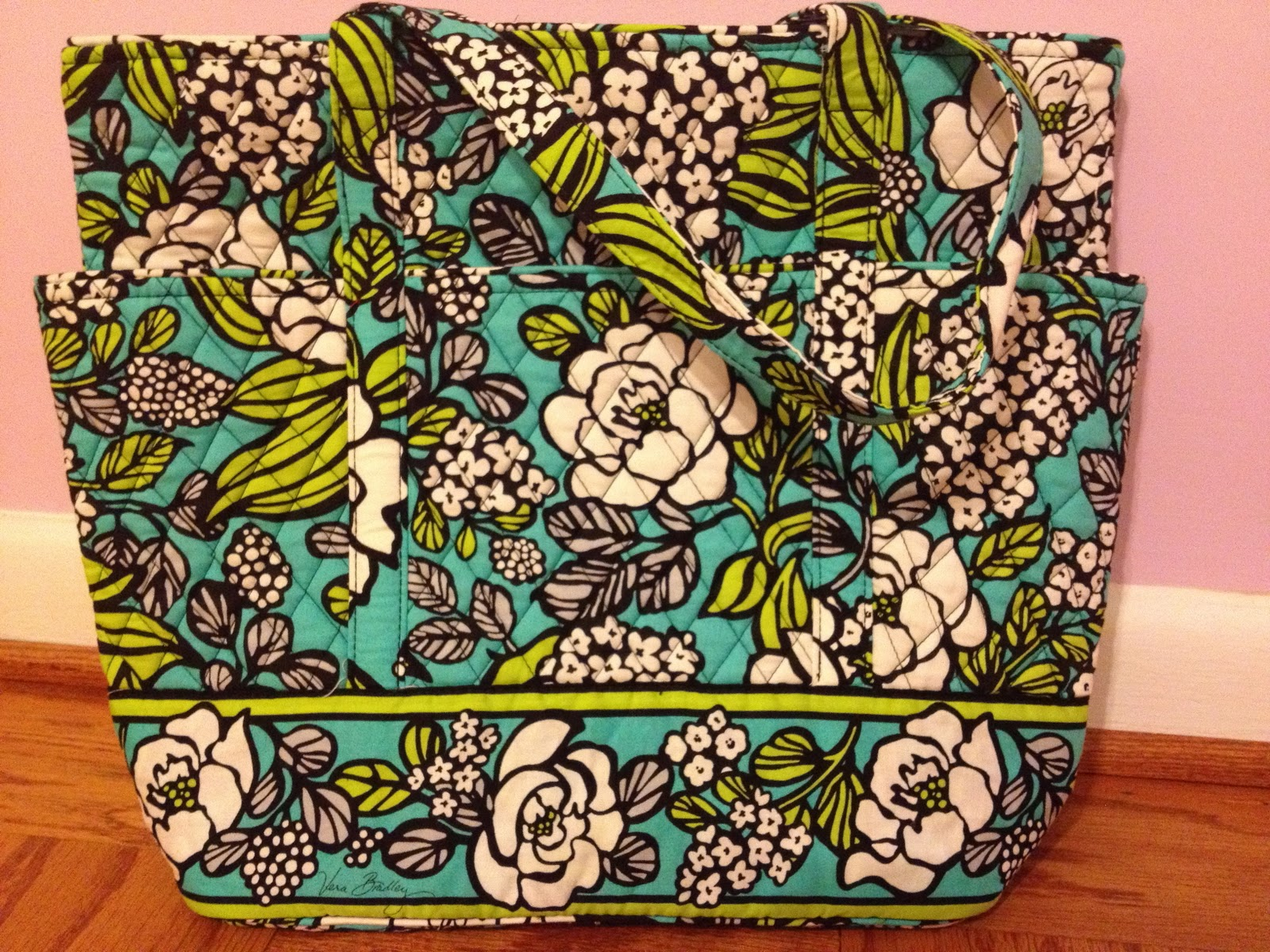 bdb7c3f39f I love my new tote! I had never really looked at the Go Round Tote before