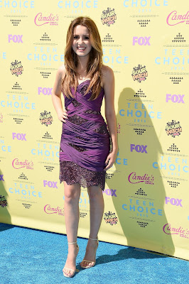 Laura Marano Dazzles In Purple Dress at the Teen Choice Awards 2015