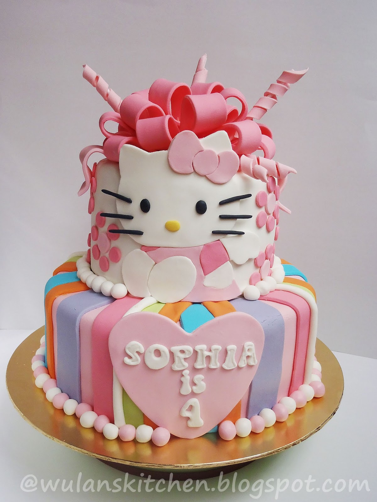 Wu Lans Kitchen 2tier Hello Kitty Cake