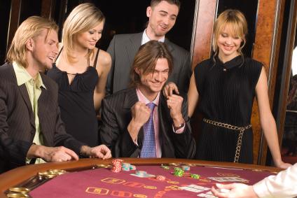 Мадс миккельсен казино рояль