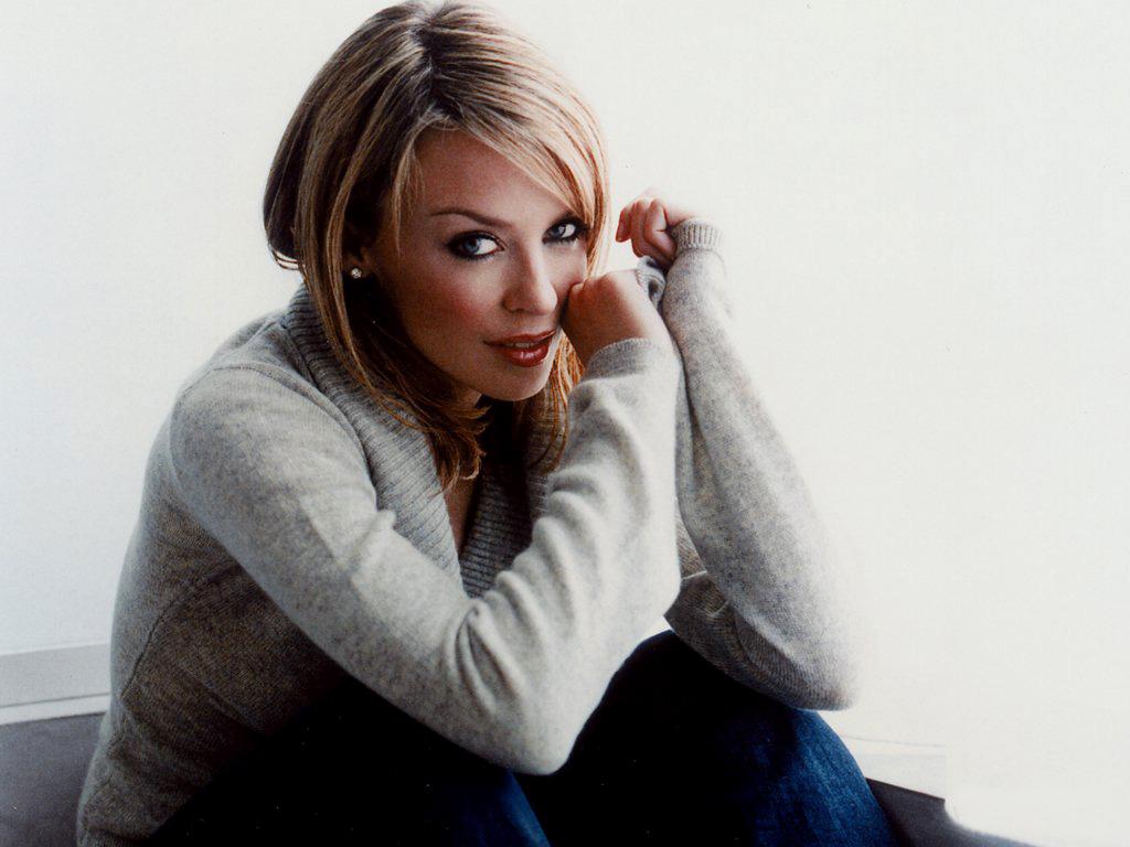 http://2.bp.blogspot.com/-KgjFck0jJLY/T8bAW-iDqEI/AAAAAAAAAUI/7TUKBUe7S0A/s1600/Kylie+Minogue_2.jpg