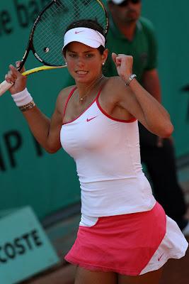 julia georges joven tenista sexy