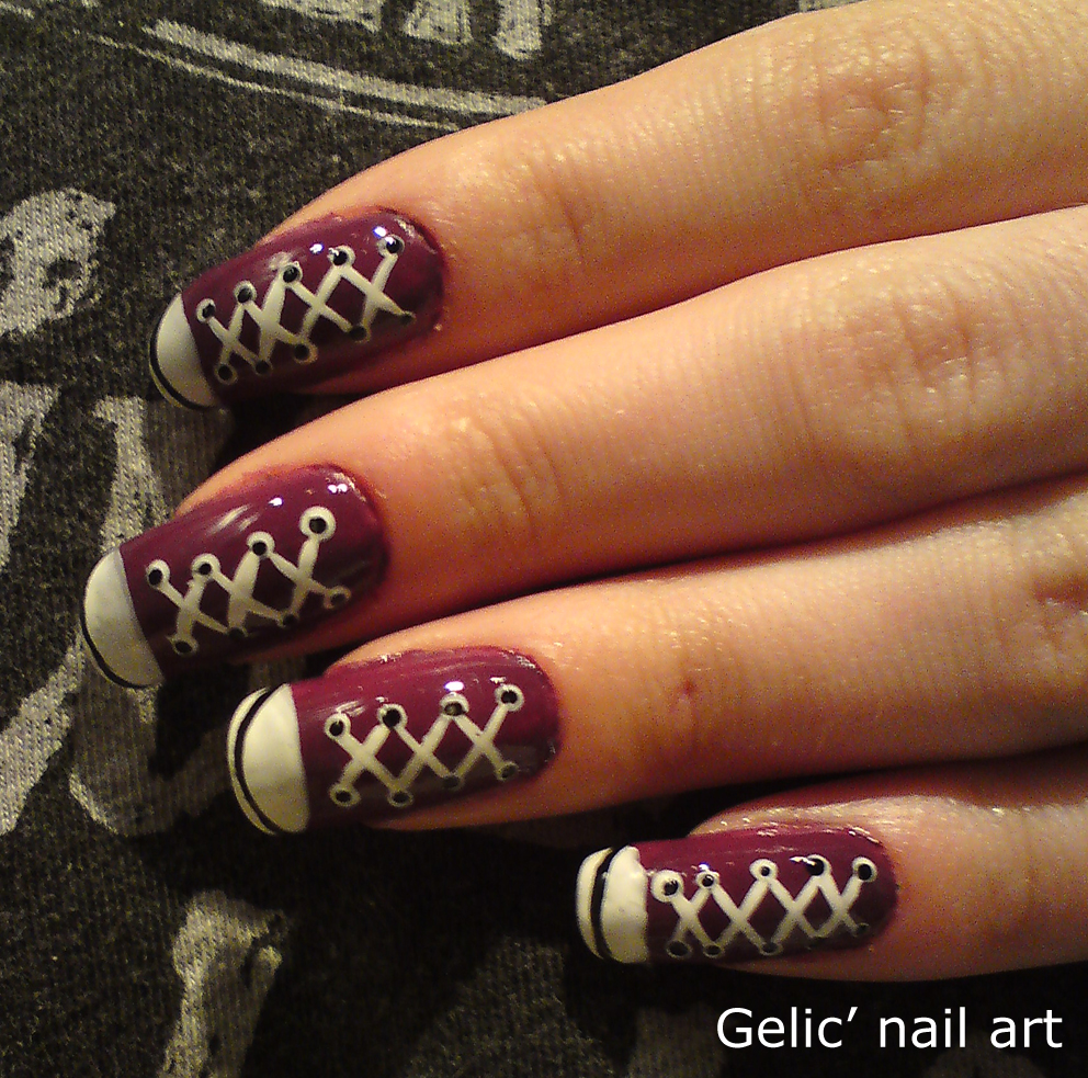 Nail Art Couture Converse Nail Art: Gelic' Nail Art: Purple Converse Shoes Nail Art
