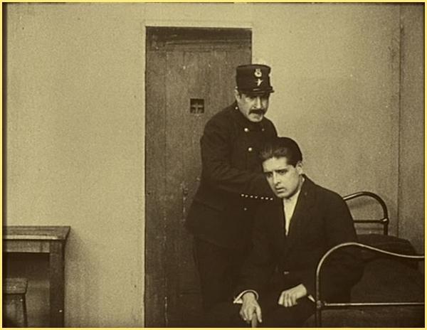 Le mort quie tue, Fantomas, 1913