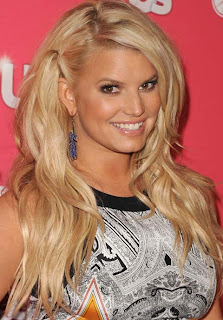 Jessica Simpson to launch beauty website