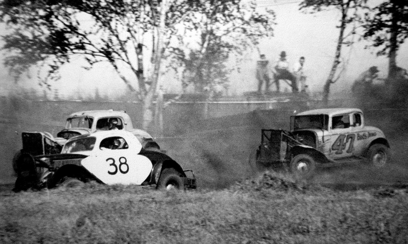 HOT RODS and JALOPIES: Lakehead Stock Car Club Tidbits from the Past!!