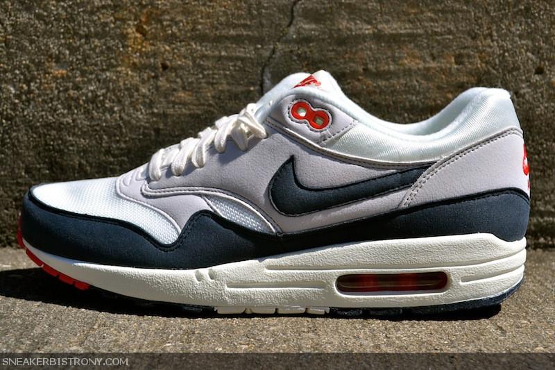 save off b165f 46fe2 SNEAKER BISTRO - Streetwear Served w| Class: KICKS | Nike Air Max 1 ...