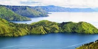 Cerita Bahasa Inggris, Lake Toba (Danau Toba)