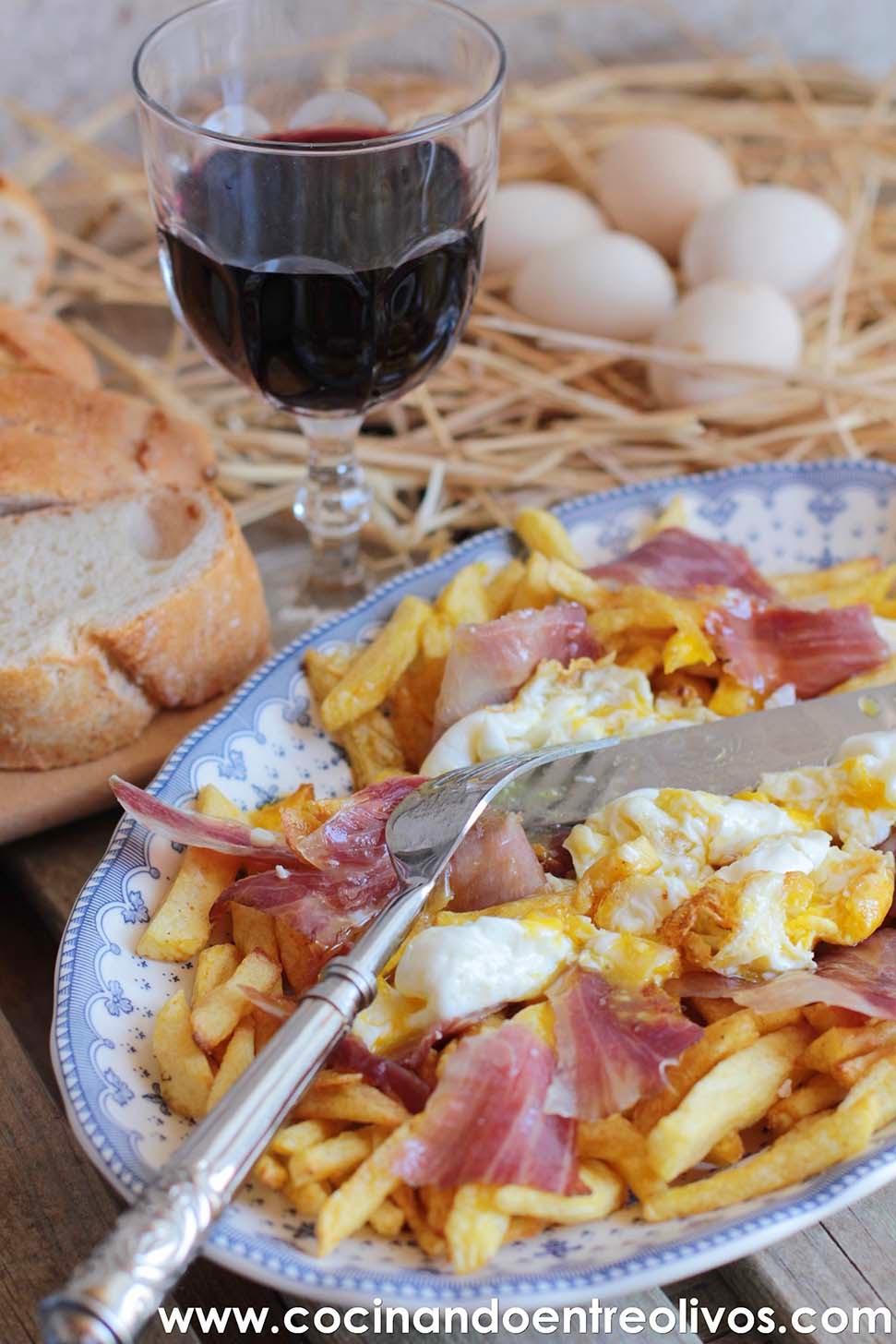 Cocinando entre olivos huevos rotos con patatas y jam n for Cocinando 1000 huevos