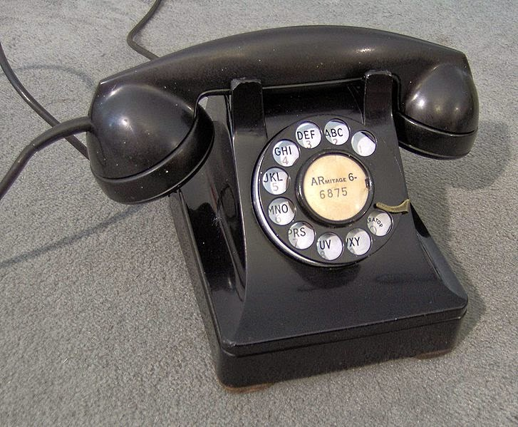Western Electric 302 table telephone