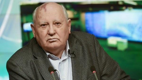 Gorbachov: EE.UU quiere arrastrar a Rusia a otra guerra fría