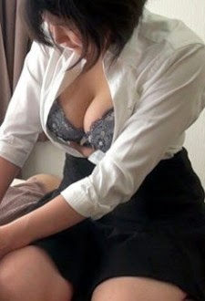 Sex Nữ Sinh Thủ Dâm Mút Cu Cho Thầy - Yui Hatano -  Phim Sex Nữ Sinh Thủ Dâm Mút Cu Cho Thầy là phim sex văn phòng thuộc thể loại phim sex thủ dâm show hàng của em nữ sinh dâm đãng thủ dâm bị thầy bắt gặp và mút cu luôn cho thầy.Tui đi ngang phòng thím thì thấy cửa hé mở. Lúc này tui bít thím vẫn chưa bít tui đã về.Tui lại gần xem thế nào thì nge trong fim đang mở fim mà ngay cuốn fim sex hôm ...