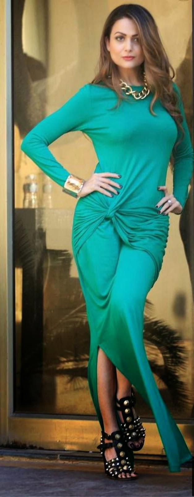 Amrita Arora Latest Cute Spicy Hot Green Gown Photos