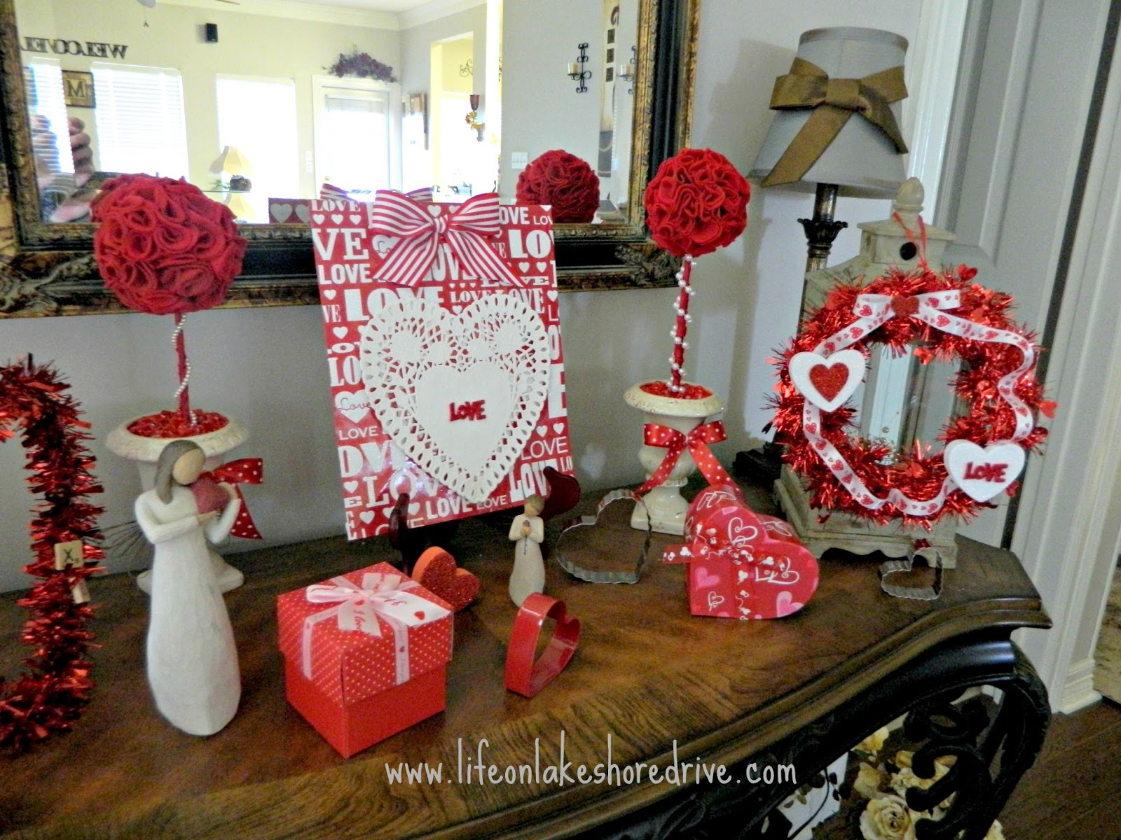 Valentine 39 s vignette with the dollar tree decor life on for Decor vignette