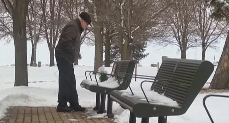 Kisah Mengharukan Tentang Pria Tua Dan Bangku Taman