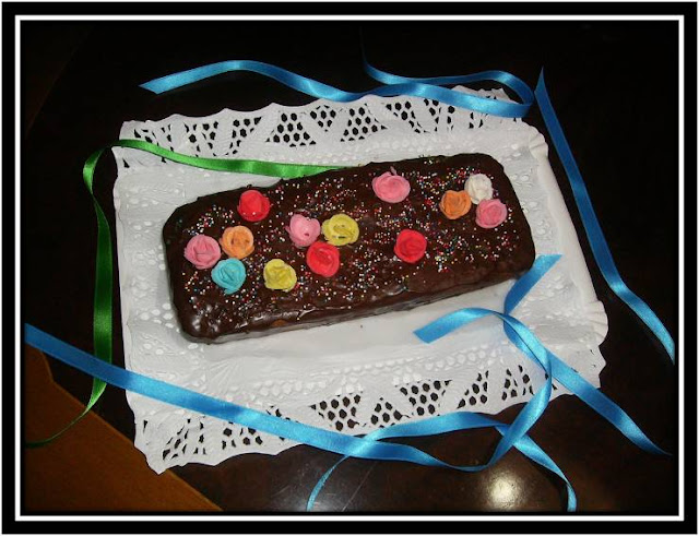 Plum  Cake  Con Cobertura De Chocolate