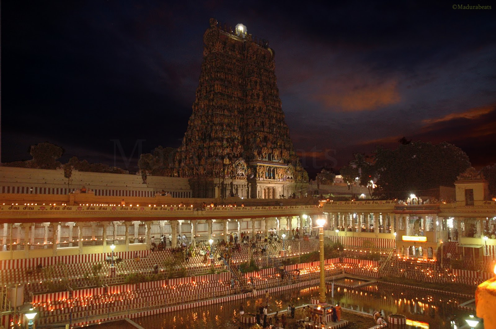 Madurai Meenakshi Amman temple at dark night
