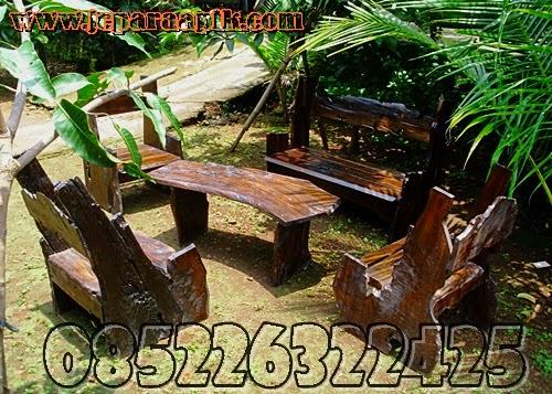 gambar outdoor furniture untuk taman rumah