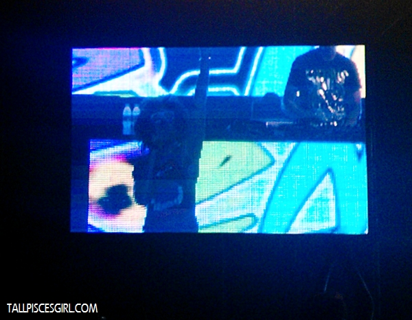 Only managed to shoot RedFoo from the screen :/