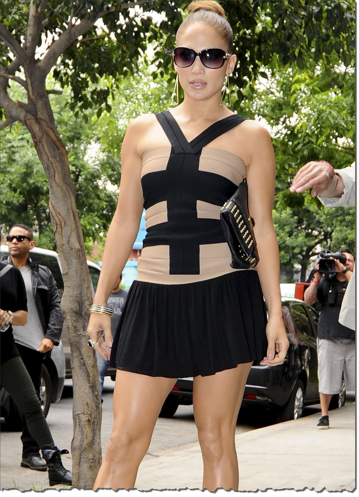 http://2.bp.blogspot.com/-KitEaKGyo54/TrZ3Jb2Y-FI/AAAAAAAAB8M/nhs8_PoYAyY/s1600/Jennifer+Lopez++Sensual+En+Argentina+%25284%2529.jpg