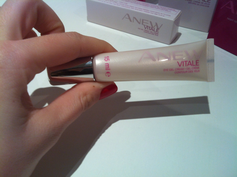 Cuidado para la piel : Anew Vitale de Avon