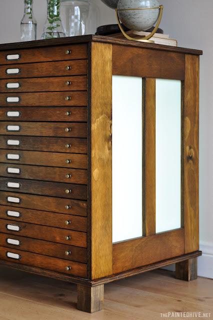Neuer Putz für alte Kommode mit viel Holz! Schick für Büro, Flur und Wohnzimmer in antikem Stil