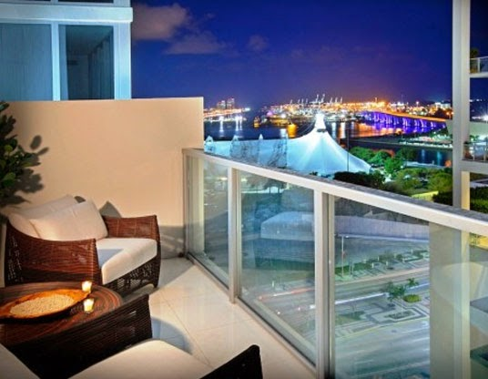 desain balkon apartemen modern