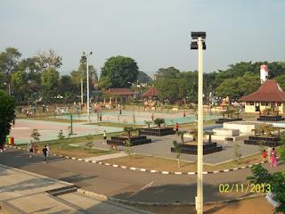 Alun-Alun Kota Serang selamat pagi jejak jejak manyar sang ARAS AR.AS