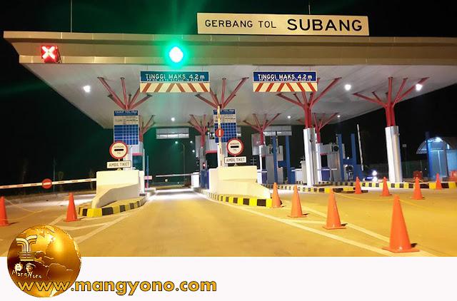 Gerbang Tol Subang di km 110 ( Cilameri ). Foto jepretan kang Anwar Rudin, Facebooker Subang.