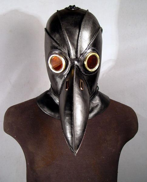 http://2.bp.blogspot.com/-KjRwIJbCmw8/UC7_9KuHMgI/AAAAAAAAAFk/zsXbf0RmKUw/s1600/black-plague-doctor-6.jpg