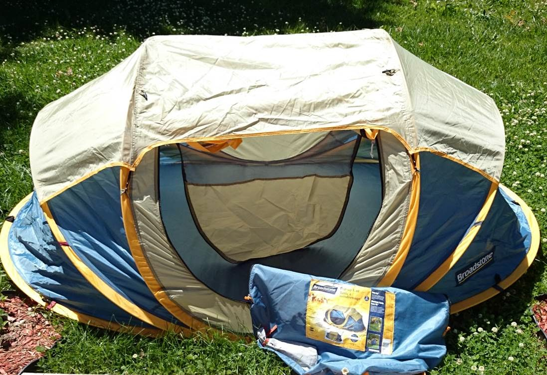 Broadstone pop-up tent with carry bag and tent pegs. & Real Man Tested: Broadstone Pop-Up Tent ~ Real Man Travels