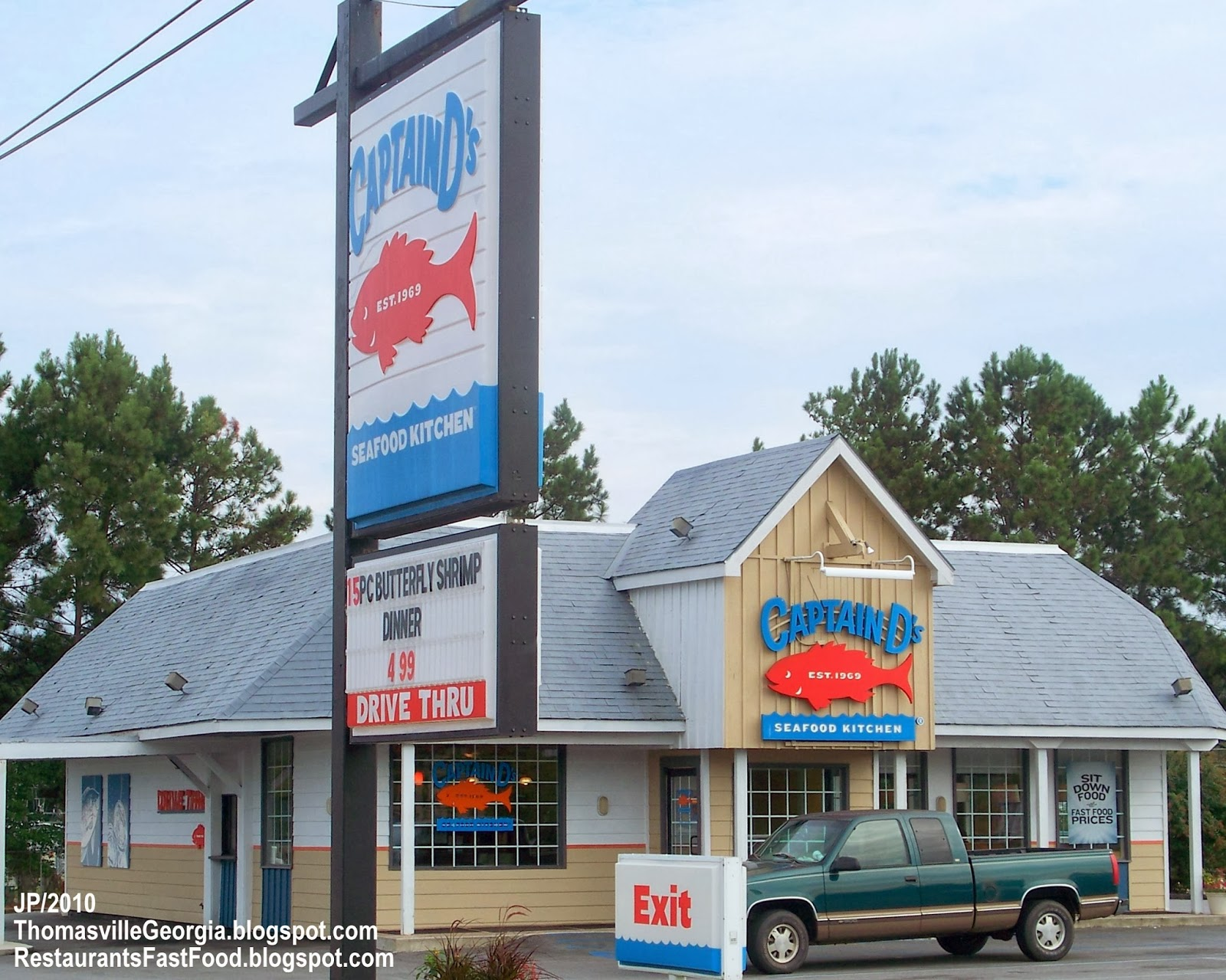 Captain D S Seafood Kitchen Thomasville Georgia Fast Food Restaurant Ga