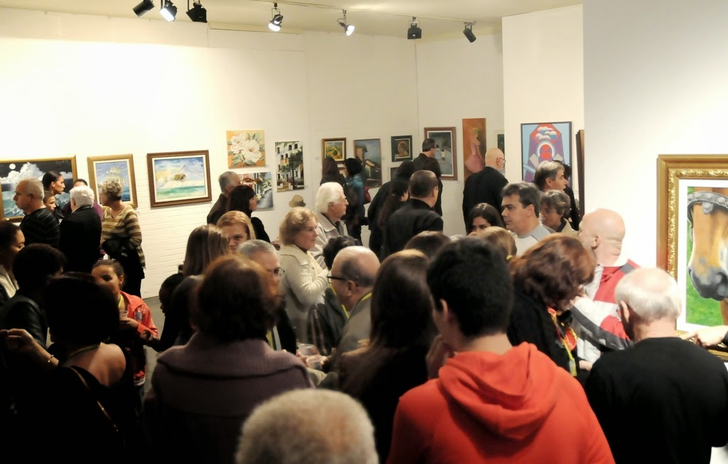 Montada na galeria da Casa de Cultura, a mostra comemorativa pode ser vista até 21 de junho