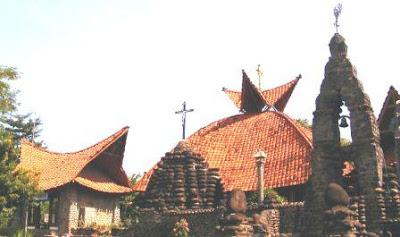 Gereja Puhsarang Kediri