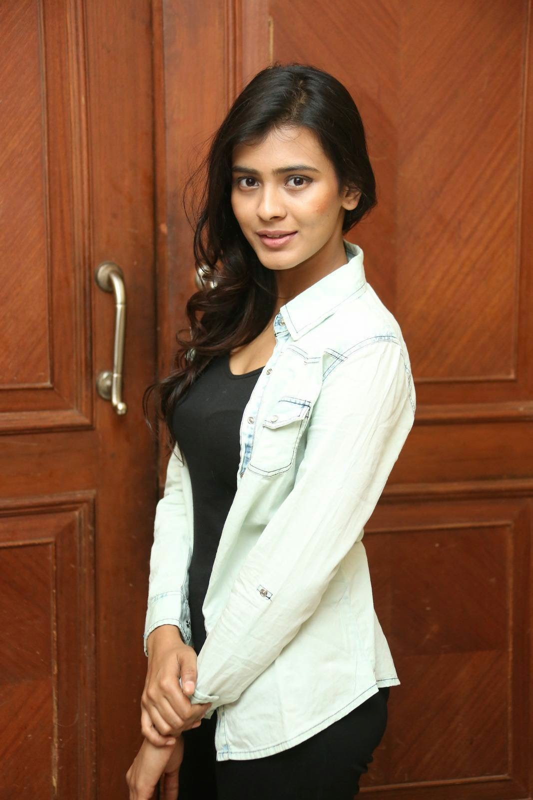 Actress Hebah Patel Latest Cute Hot Spicy Photos Gallery At Ala Ela Movie 30 Days Celebrations