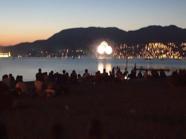 2013 Canada Day fireworks from Kitsilano Beach, Vancouver