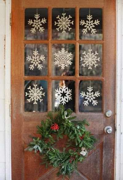 The Kitchen Door Is Another Place To Decorate With Out Interrupting To Flow Function Of Your Christmas Kitchen