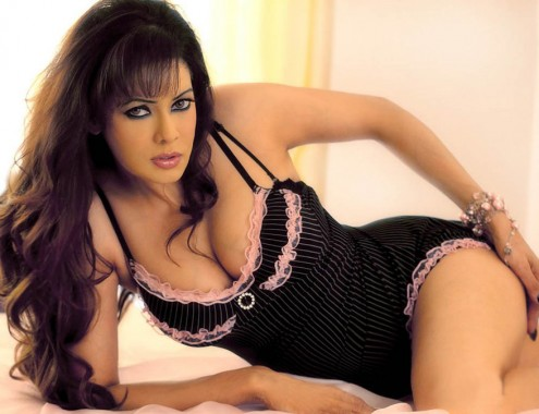poonam jhawar hot thigh