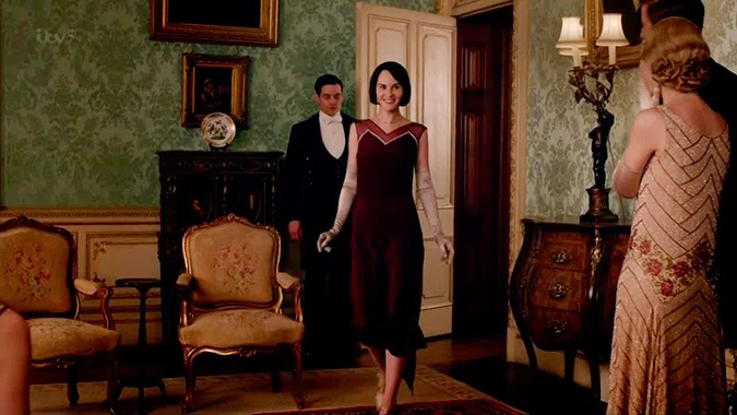 Guantes largos: Lady Mary Downton Abbey